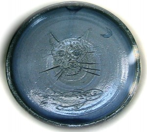 Stoneware cat dish with blue glaze